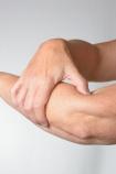 Stimulation eines Torpunktes in Allergietherapie hochkant